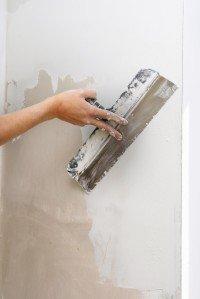Выравниваем стены и пол ванной комнаты