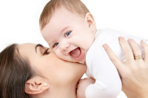 Здоровый малыш и счастливая мама!