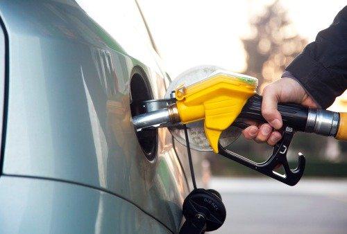 Полный бак бензина