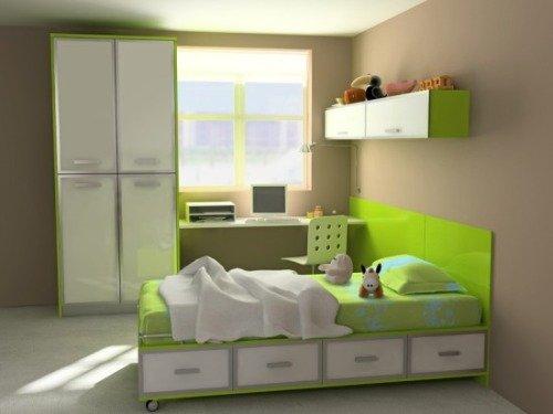 Детская комната с пластиковым окном