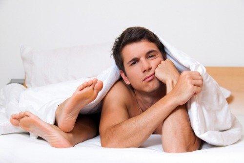 Из-за частых разлук или нехватки секса