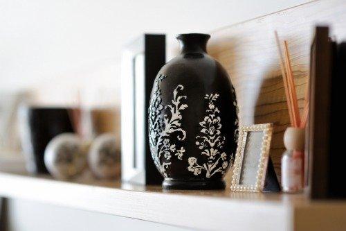 Декоративную вазу