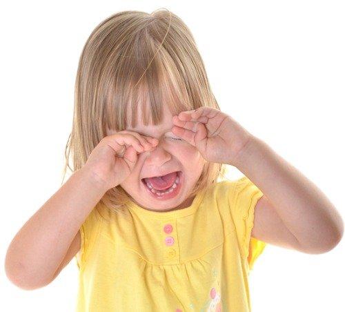 Почему ребенок плачет? Как его успокоить?