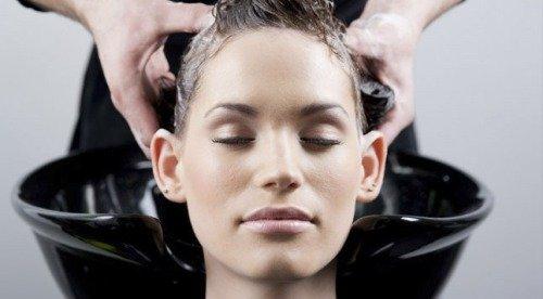 Каким шампунем лучше мыть волосы