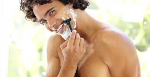 как правильно бриться первый раз
