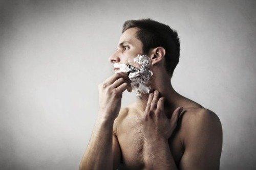 как бриться электробритвой