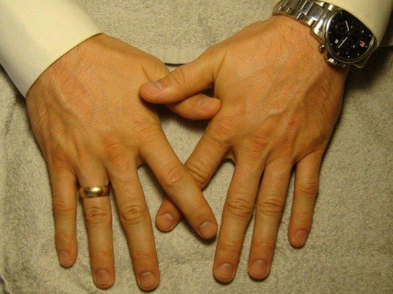 Маникюр мужских рук