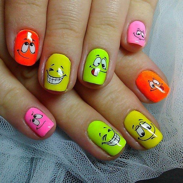 Рожицы на ногтях