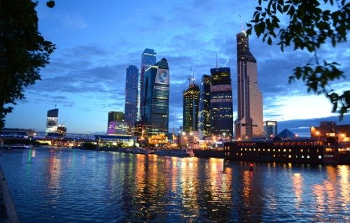Москва река и вид на город