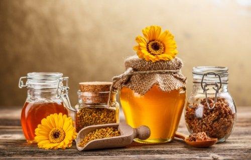 Пчелиный мёд и прополис