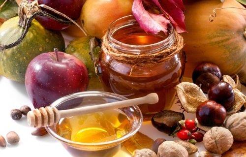 Яблоки и мёд