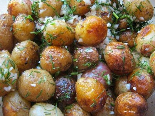 Картошка с чесноком и укропом