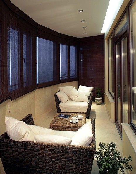 Балкон в виде гостиной