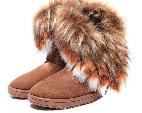Чистка меха на обуви