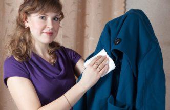 Чистка пальто в домашних условиях
