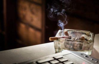 Как избавиться от запаха табака в квартире?