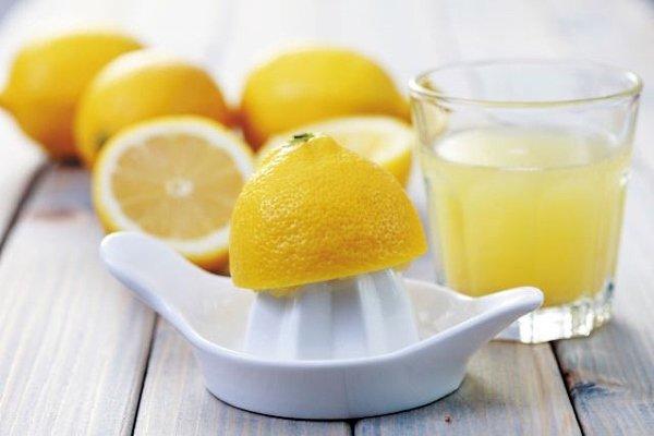 Чистка замшевой куртки лимонным соком