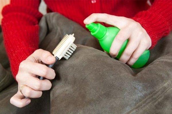 Домашнее средство для чистки загрязнений на дубленке