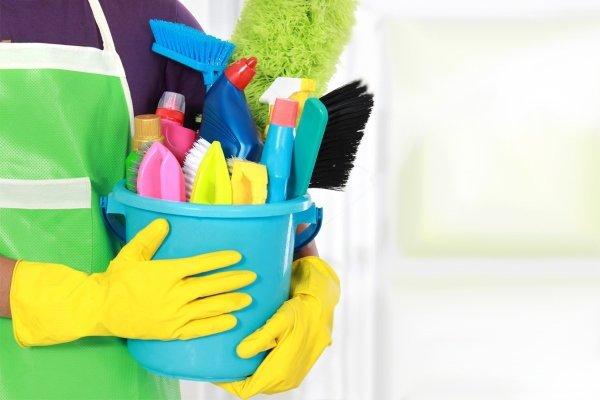 Средства по уборке квартиры от пыли