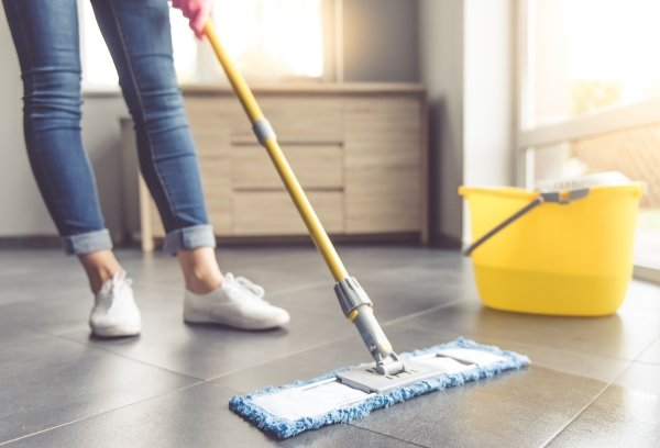 Влажная уборка помещения