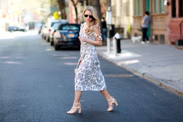 Заказать платье миди в Москве